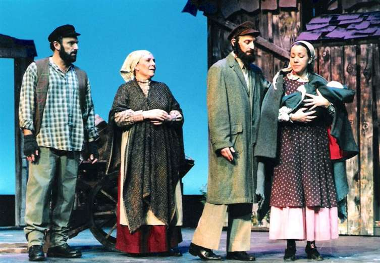 1997 Fall - FIDDLER ON THE ROOF
